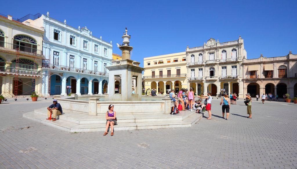 """Die """"Plaza Vieja"""" zählt zu den schönsten Plätzen Havannas"""