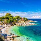 Korfu gehört mit seinen zahlreichen Urlaubsorten zu den beliebtesten der Griechischen Inseln.