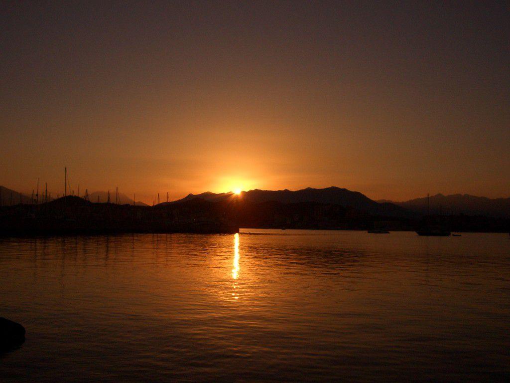 Ajaccio_Korsika_Sonnenuntergang Sommer 2007.JPG