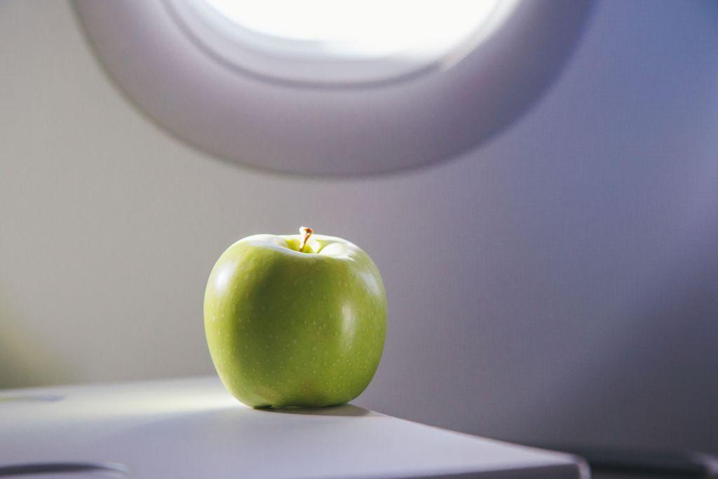 Lustige Airline-News 2018: 500 Dollar Strafe für einen Apfel