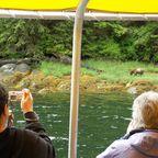 Im Boot zu den Grizzlys im Khutzeymateen-Bärenschutzgebiet