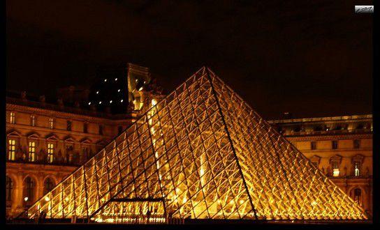 Louvre-Pyramide