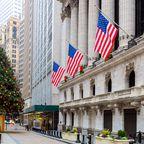 Wall Street im Weihnachtsglanz
