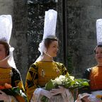 Traditionelle Kleidung in Pont-l