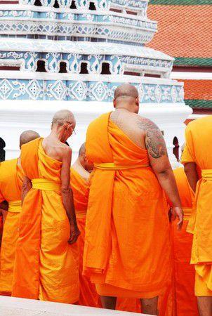 Mönche im Königspalast von Bangkok