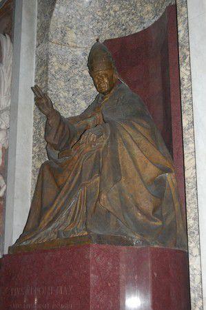 World, Vatikan
