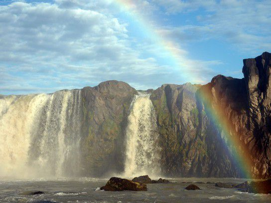 Regenbogen am Godafoss