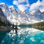 Neben dem Lake Louise gehört der Lake Moraine zu den malerischsten Landschaften im Banff Nationalpark in Kanada.