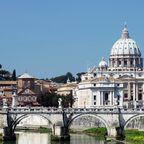 Gläubige aus aller Welt zieht es jedes Jahr in den Vatikan.