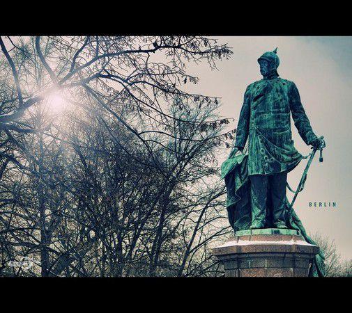 Berlin, Bismarck-Denkmal am Großen Stern