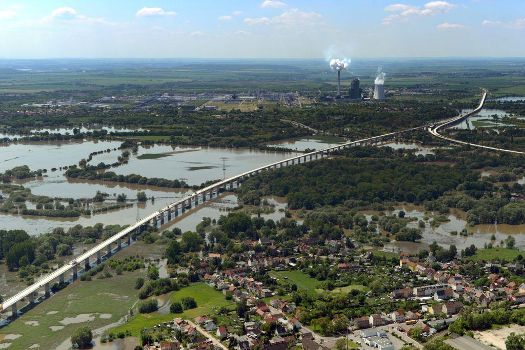 Die Längste: Saale-Elster-Talbrücke bei Halle/Saale