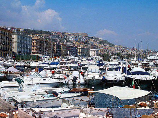 Neapel Yachthafen