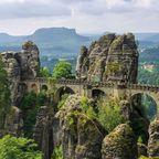 Imposantes Felspanorama in der Sächsischen Schweiz