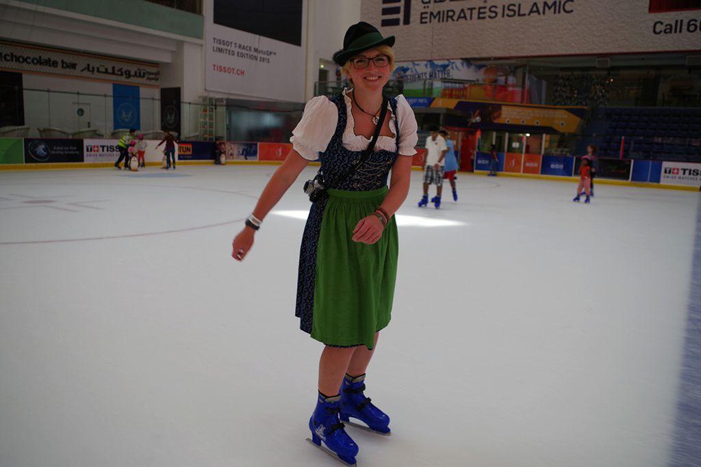 Eislaufen in einer anderen Welt.