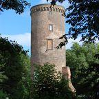 Der begehbare Turm der Burg Uda in Grefrath-Oedt.
