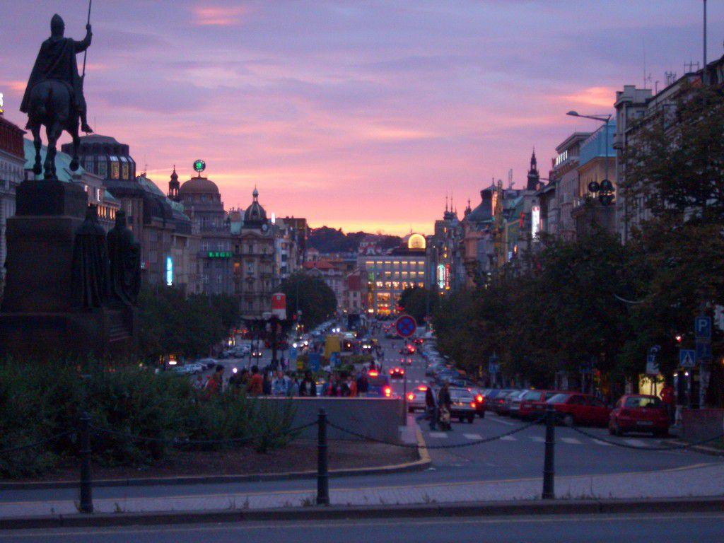 Tschechien, Prag, Wenzelsplatz, 2006.JPG