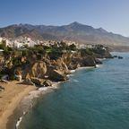 Die Costa del Sol lockt mit über 320 Sonnentagen pro Jahr
