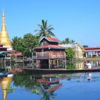Schwimmendes Kloster