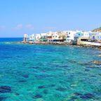 Dorf an Griechenlands Küste
