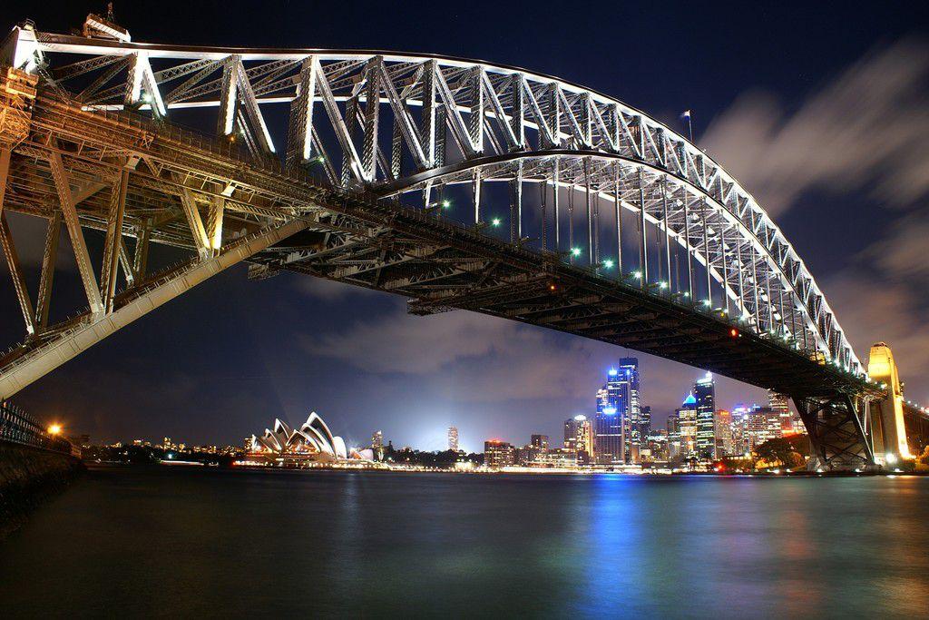 Sydney Harbour Bridge mit Oper