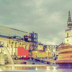 Trafalgar Square mit nächtlicher Beleuchtung