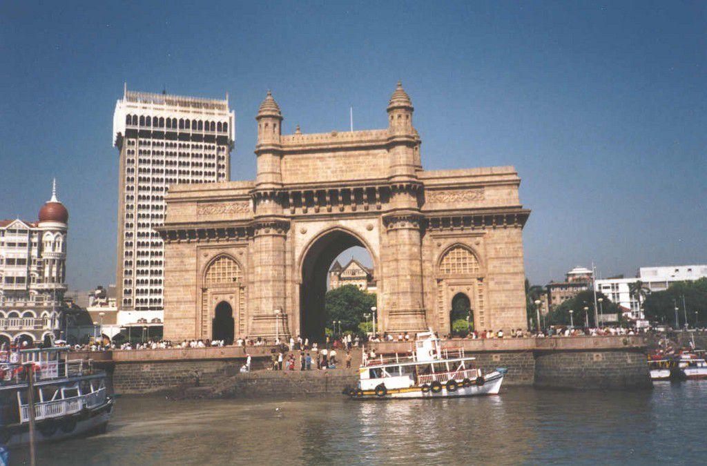 India-Mumbai-aka-Bombay-the-Gateway-To-India-and-Taj-Mahal-Intercontinental-hotel-SMO.jpg