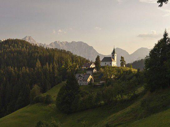 Bergdorf in Slowenien