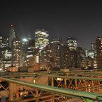 Manhatten, NY, bei Nacht ( von der Brooklyn Bridge)