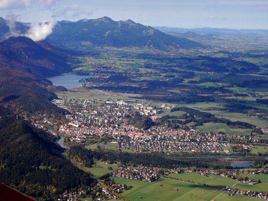 Blick vom Tegelberg in Richtung Füssen (i. Allgäu)