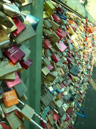 Auf immer und ewig an der Hohenzollernbrücke