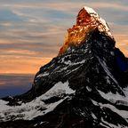 Wandern im Wallis mit Blick aufs Matterhorn