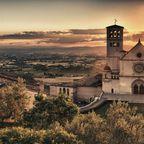 In Italien ist Assisi ein beliebtes Ziel für Pilger.