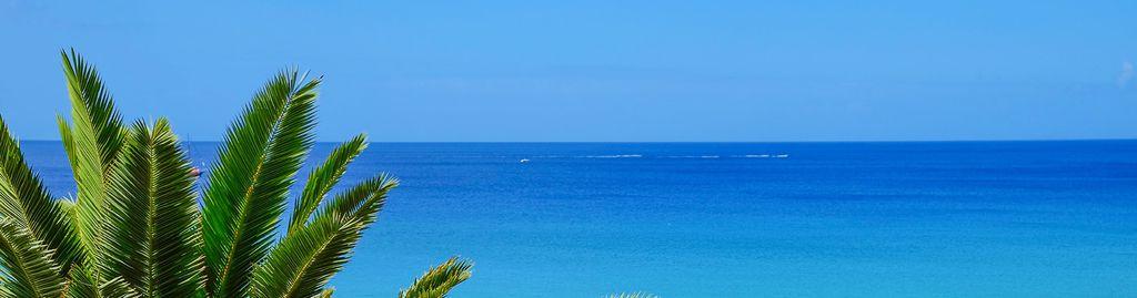Von riesigen Hotelburgen blieb Fuerteventura größtenteils verschont, auch wenn es sie vereinzelt gibt.