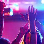 Techno, Elektro und House: Dafür ist die Berliner Clubszene berühmt. Clubs wie das Berghain machen die Hauptstadt zum Mekka für Feierfreudige.