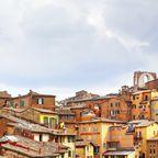 Florenz, Siena und Pisa sind die bekanntesten Orte der Toskana. Doch wer sich auf Wege abseits der großen Touristenströme traut, wird durch verstecke Schätze überrascht.