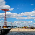 New York City: Strand mit Vergnügungspark
