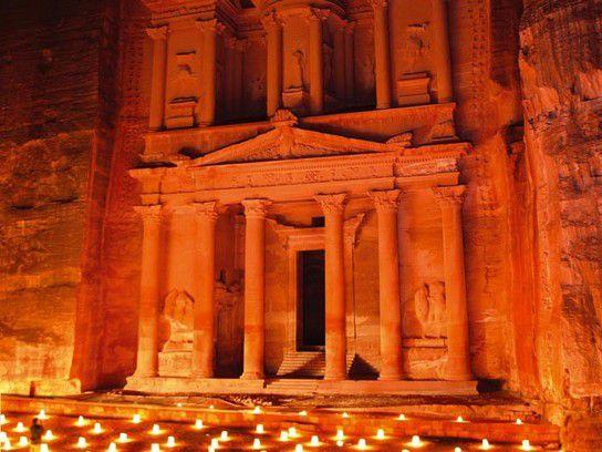 Petra bei Nacht erleben