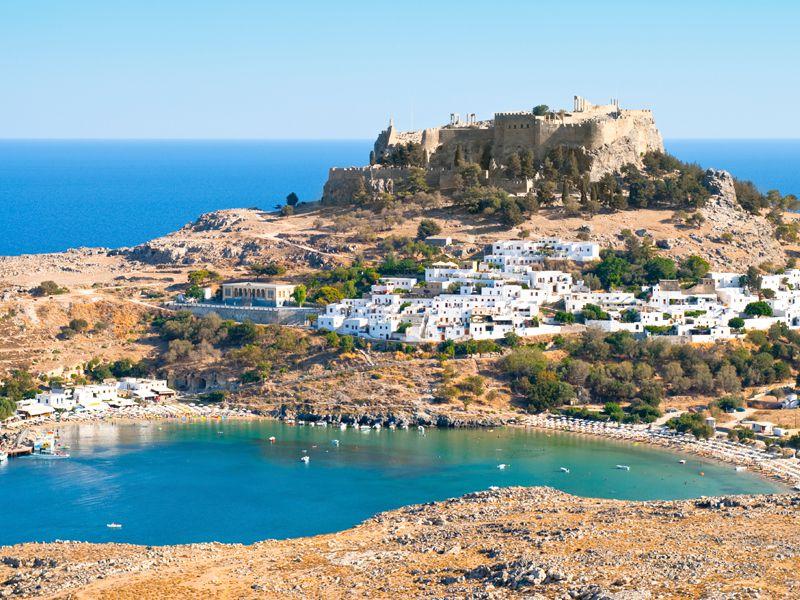 Die grüne Insel Rhodos gilt auch bei Windsurfern als Geheimtipp.