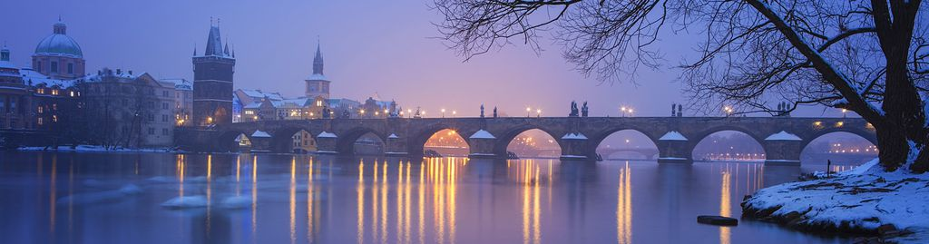 Die Karlsbrücke im Winter