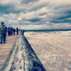 Heiß und Kalt Strand im Herbst