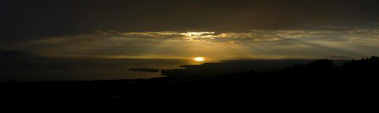 Lichtspiel über dem Bodensee