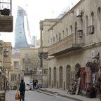 Altes und Modernes in Baku