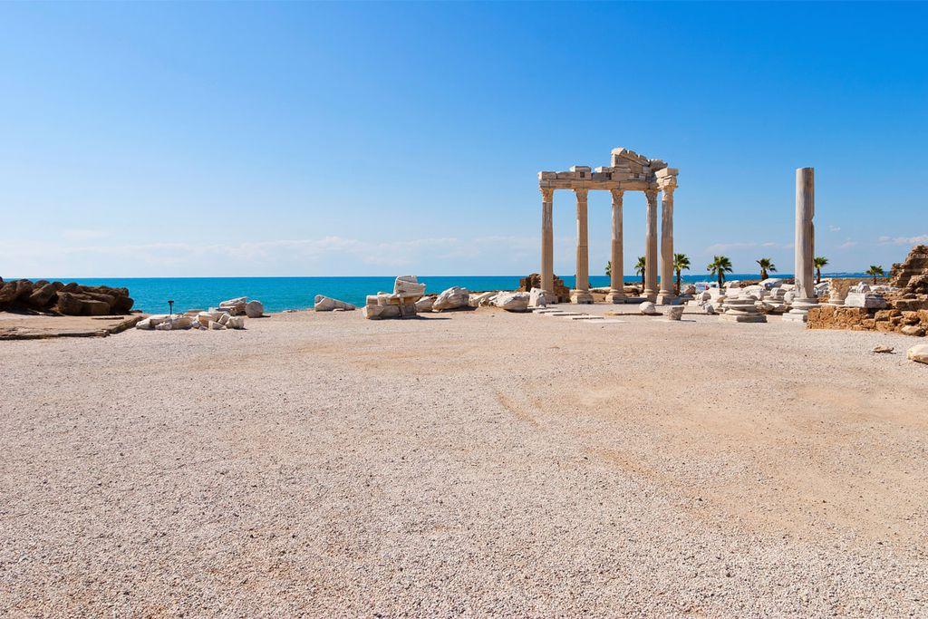 Im September herrschen an der türkischen Südküste noch perfekte Badebedingungen.