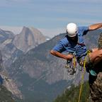 Rock Climbing in den Bergen des Yosemite Nationalparks ist nichts für Anfänger