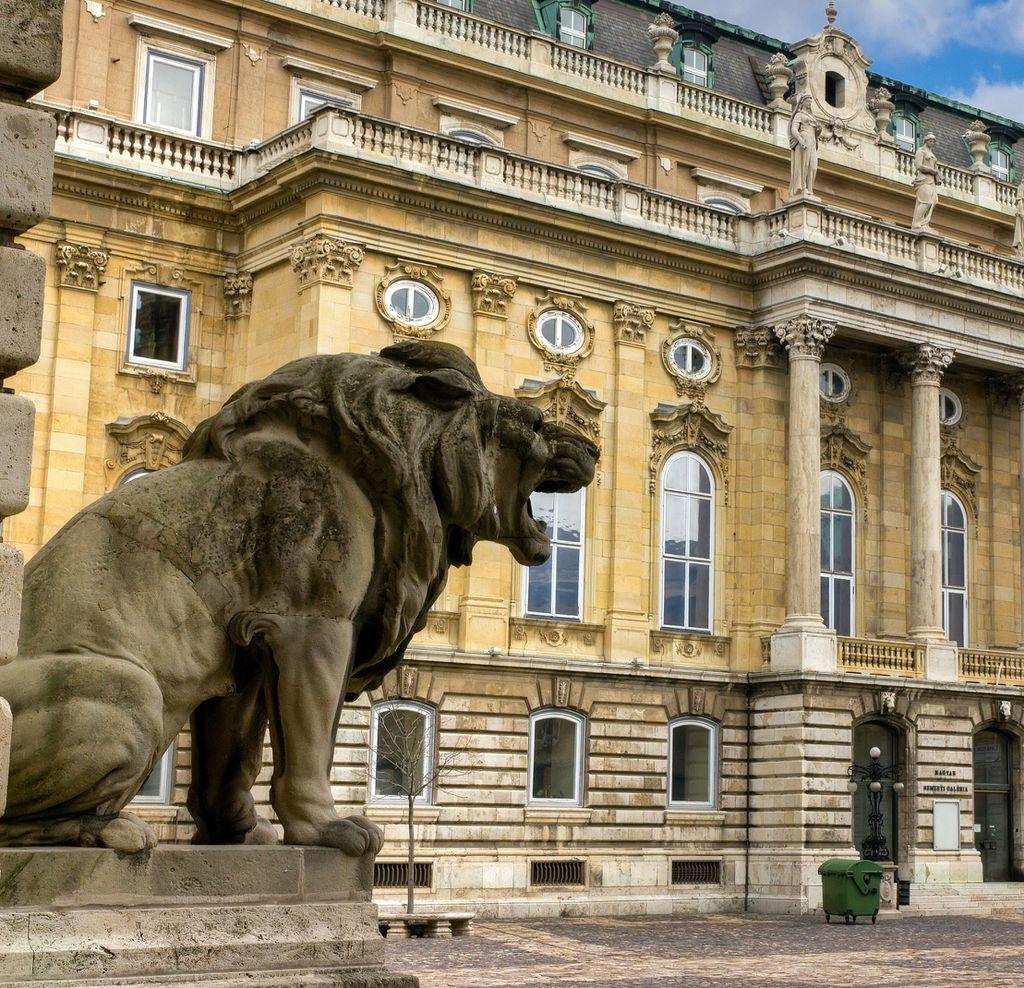 Der Innenhof des Schlosses von Budapest