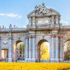 Die Puerta de Alcala im Frühling