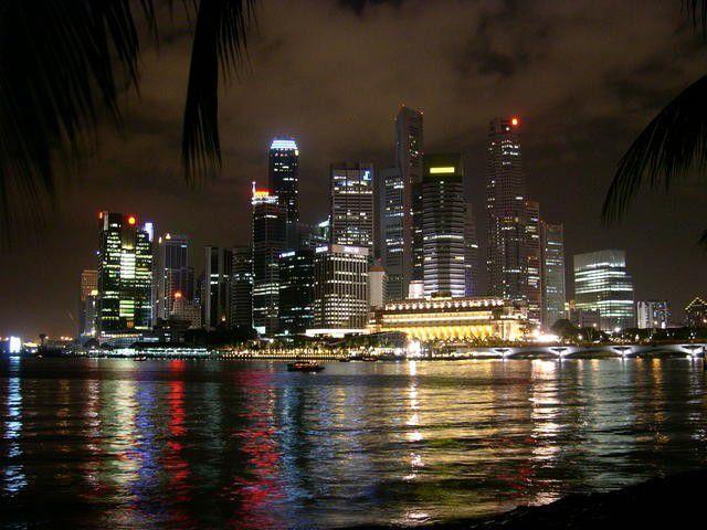 Singapur bei Nacht.jpg
