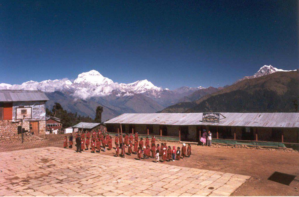 Nepal-Annapurna-Range-Ghorapani-school-2-SMO.jpg