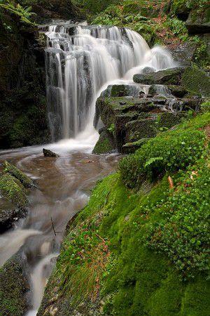 Wasserfall nach Gewitterregen