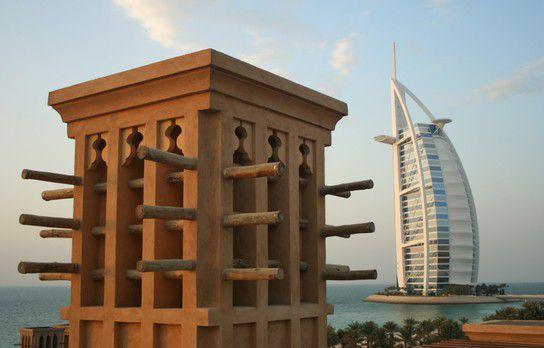 Windtrum vor Burj al Arab